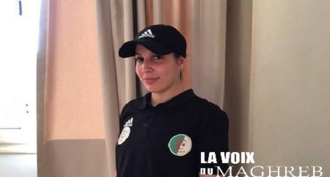 Une Algérienne du Canada dans l' équipe nationale féminine de football d'Algérie .