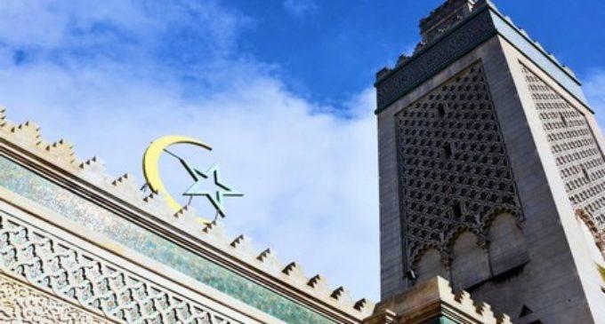Le début du mois de ramadan 2018 au Québec sera le 16 ou le 17 mai 2018.
